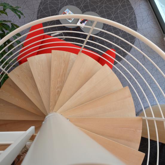 Escalier bois et métal vue du dessus