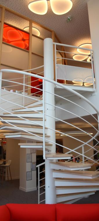 Escalier helicoidal acier et bois vocabulaire escalier
