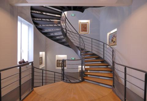 Escalier balancé du musée condé