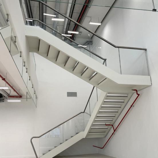escalier droit trois quart tournant escalier acier