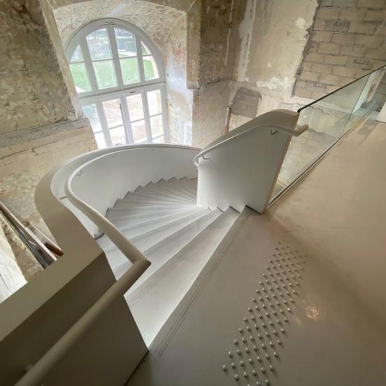 escalier balance sur mesure MAD Paris