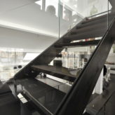 escalier droit triplex parisien acier verre