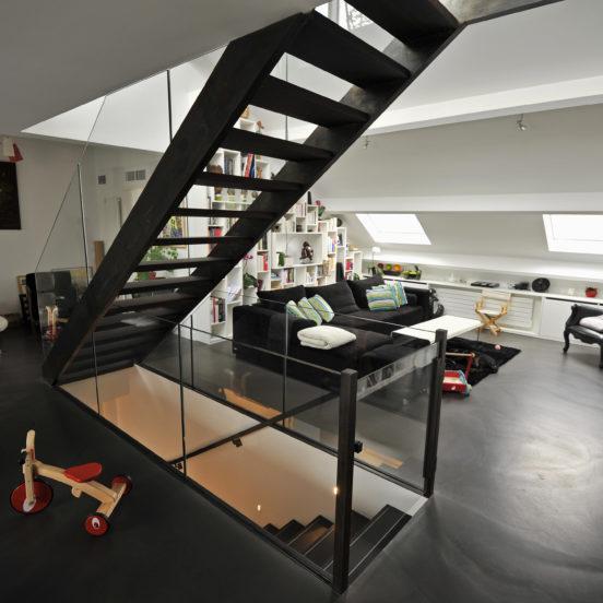 escalier droit sur mesure escalier acier bois verre
