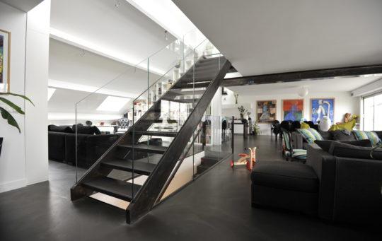 escalier droit acier bois verre paris