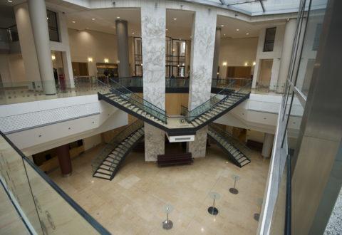 Photo exemple volée contraire escalier