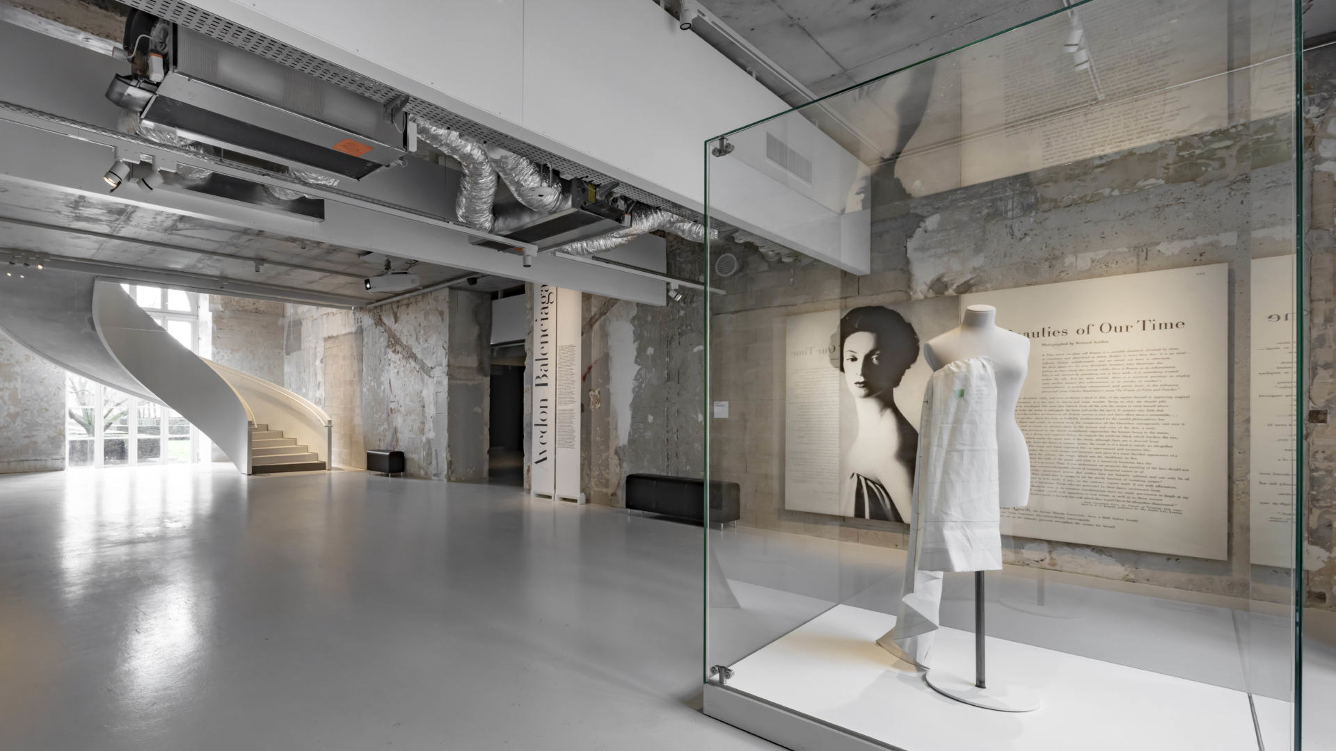 escalier sur mesure musée des arts décoratifs paris