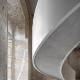escalier sur mesure MAD Paris Louvre vue dessous