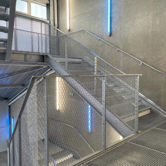 escaliers industriels acier galvanisé escaliers sur mesure