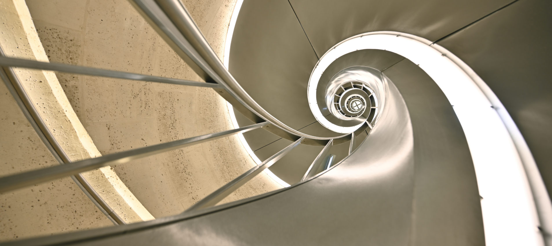 escalier monumental arc triomphe escaliers